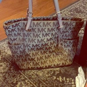 Michael Kors east west monogram jet set tote